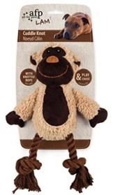 Der cuddle knotted rope Affe ist ein plüschig weicher Spielkamerad. Die Beine aus Baumwollseil verleiten zum Kauen und die Piepsstimme ruft zum Spielen auf.