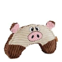 Das Schweinchen Purdie Fay besteht aus weichem und nachgiebigem Plüsch und ist mit einem Quietscher ausgestattet, der ihm eine Piepsstimme verleiht.