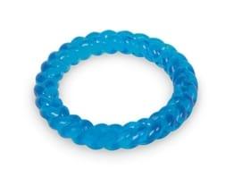 Der Nobby TPR Ring aus thermoplasischem Gummi ist ein Wurf- und Apportierspielzeug, das genauso gut als Kauspielzeug funktioniert.